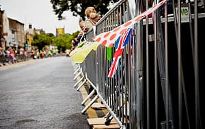 Barriers-at-Tour-de-France3
